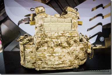 Eagle-Industries-shot-show-2013 multicam-aor1-devgru-tactical-vest-airsoft-obsessed (11)